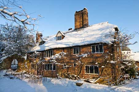 old cottage in the snow, Kent