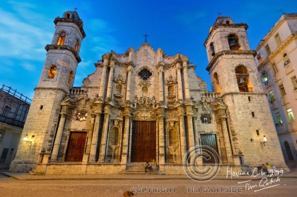 Havana Cathedral at night