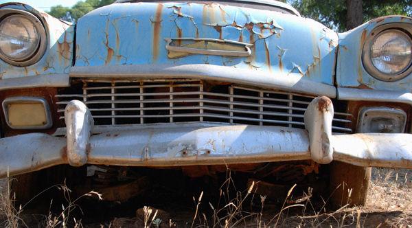 Rusty blue caddy