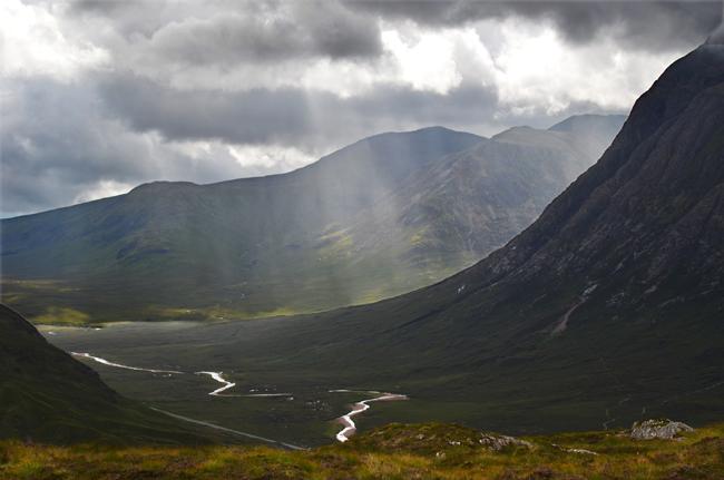Glecoe Scotland - sun and cloud