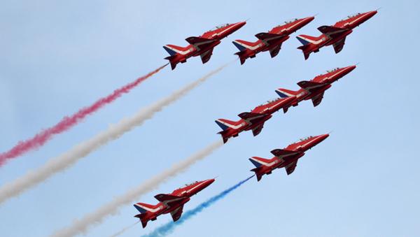 Red Arrows blue sky