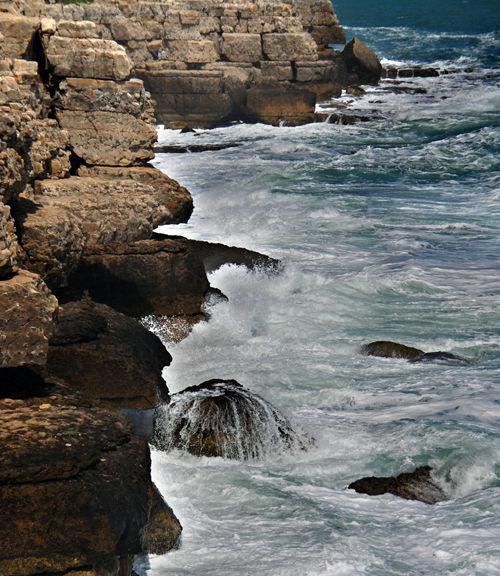 Rocks and spray
