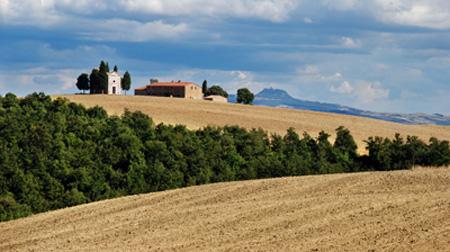 vitaleta chapel tuscany