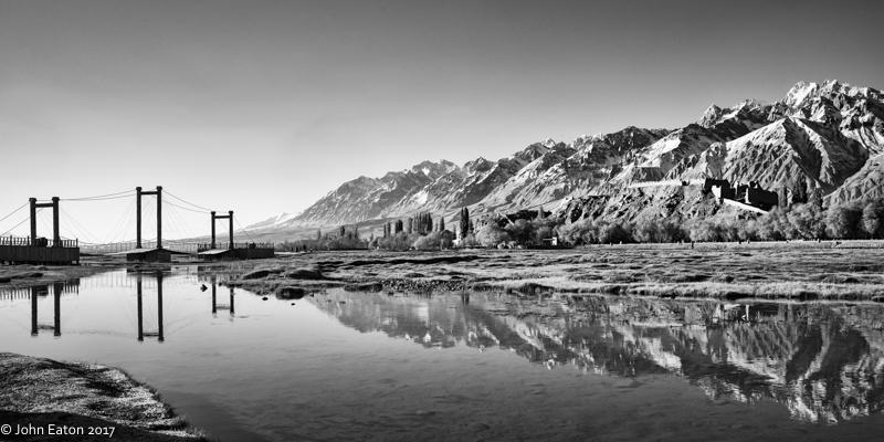 Taxkorgan, Lake, Fort and Karakoram