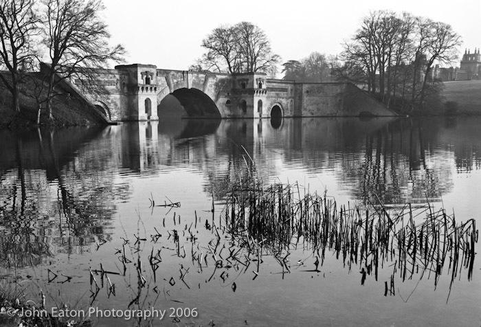 Blenheim, The Lake & Grand Bridge