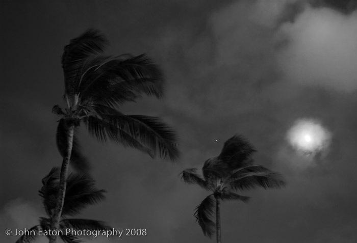 Ka'apa, Full Moon & Venus