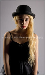 Model Roxanne