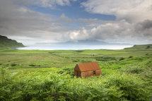 9868 I'm not budging! Cleadale Isle of Eigg