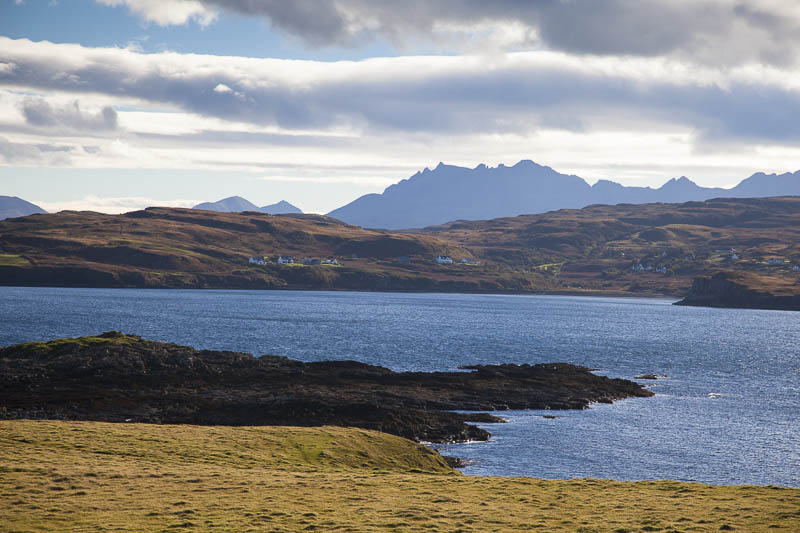 KW-SH-17-38 Cuillin Hills from Oronsay Isle of Skye