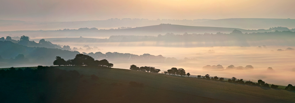 Gallows-Hill-and-the-Chalke-Valley-at-Dawn