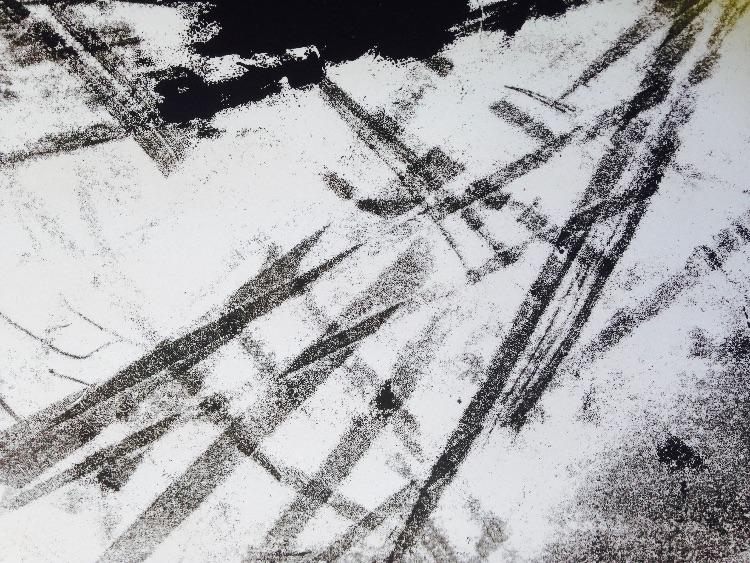 mono - traces