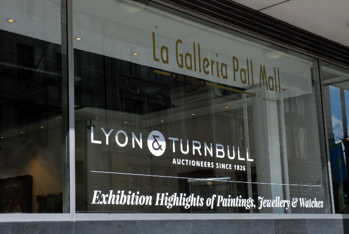 Example of applied window vinyl (street window onto Pall Mall)