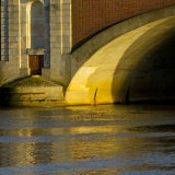 Hampton Court Bridge Curve
