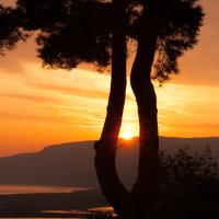 Sunrise Over North Hill CPic-4