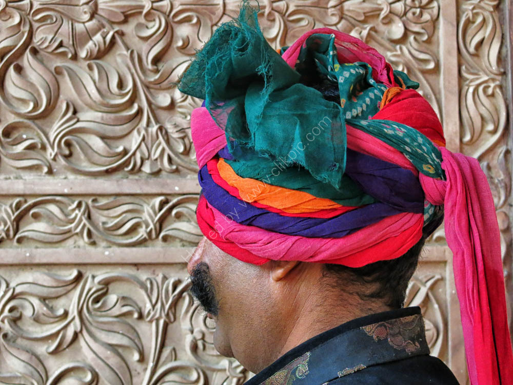 Unusual turban in Bikaneer.
