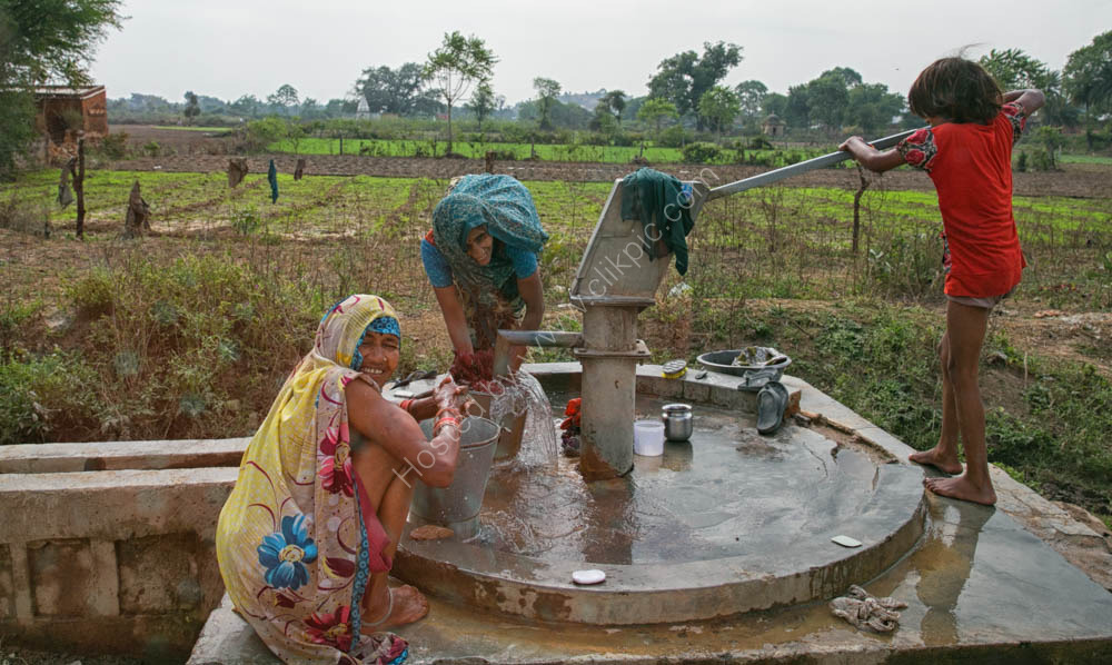 Pumping water - rural Rajasthan,  India