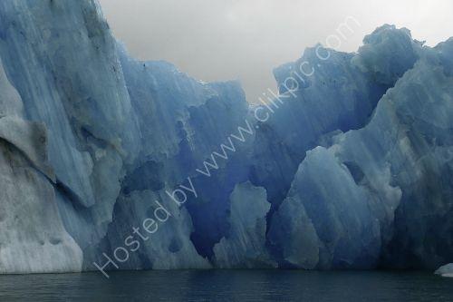 an impressive Iceberg  - Jokulsarlon Lagoon