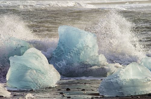 an impressive Iceberg    - on the beach at Jokulsaron, Iceland