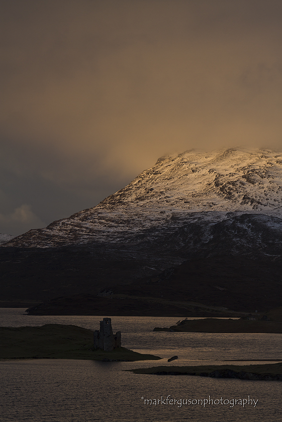 Ardwreck Castle and Quinag
