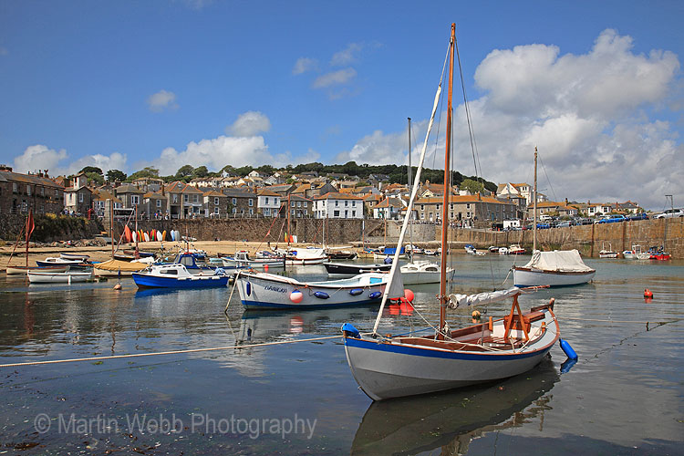 16745A Mousehole Harbour