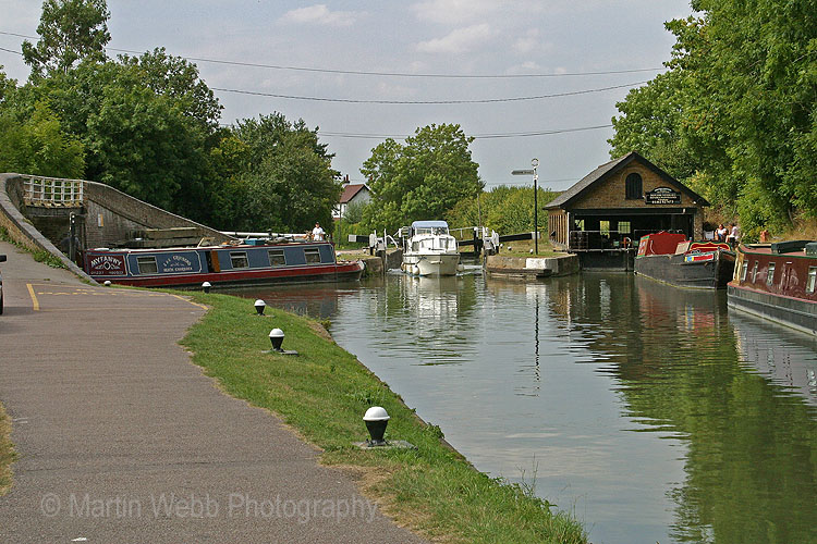 3482A Bulbourne Lock
