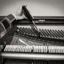 piano-tuner-02