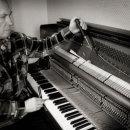 piano-tuner-05