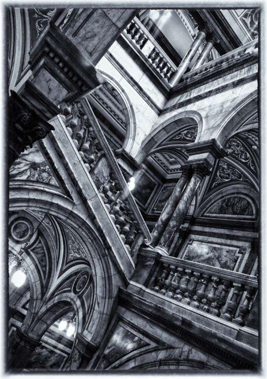Hogwarts or Glasgow City Chambers