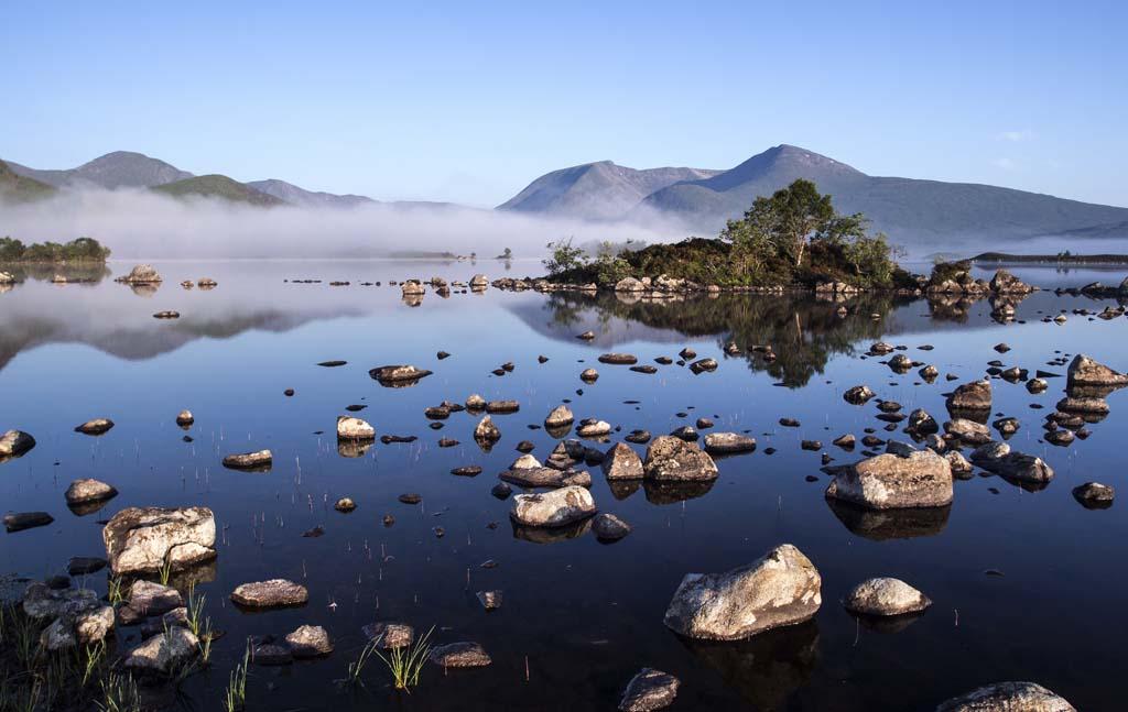 Lochan na h'Achlaise mist 1