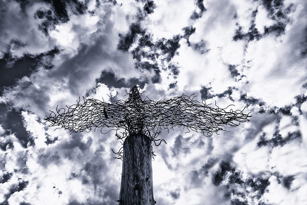 Osprey sculpture, Lochard Forest