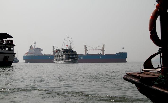 Halong shipping