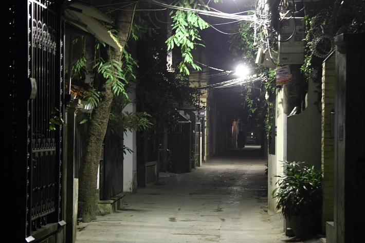 Alley in Tay Ho