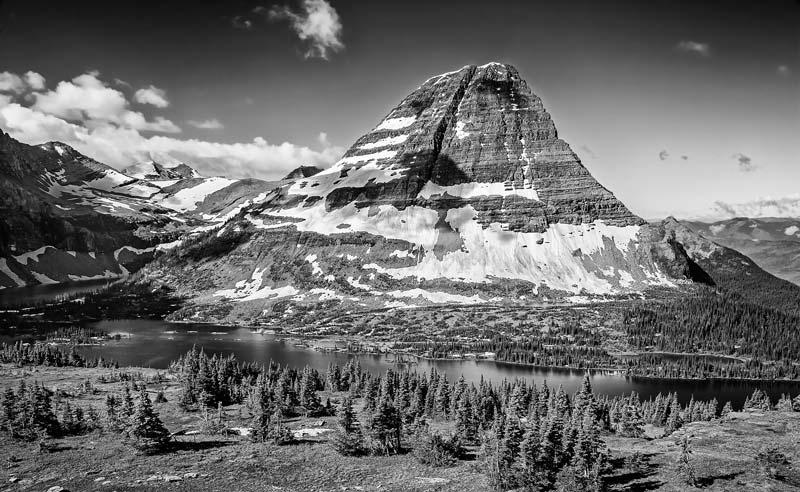 Mont Bearhat et Hidden lake - noir et blanc