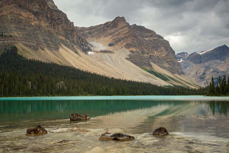 Bow Lake et son déversoir