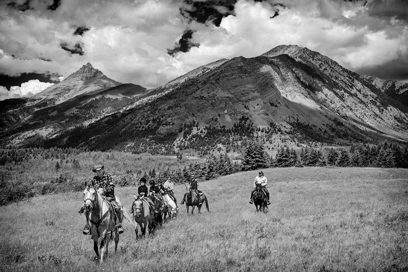 Cavaliers dans les Rocheuses