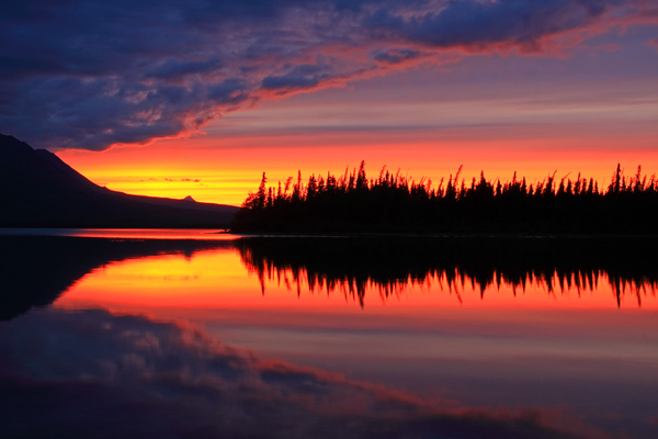 <em>Kathleen Lake</em> au coucher du soleil