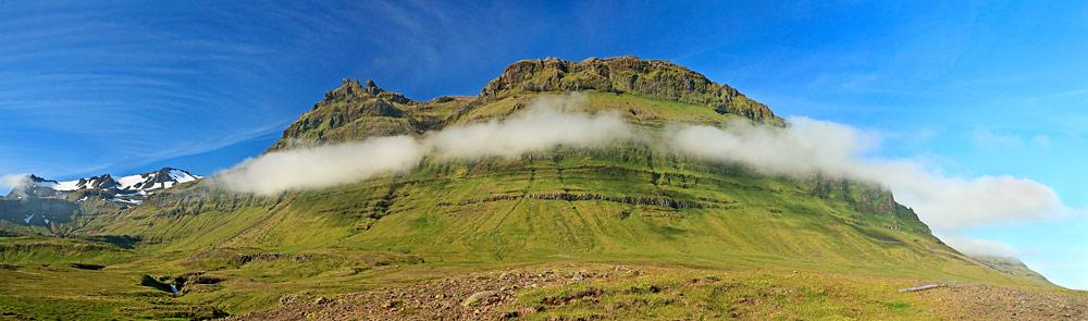Montagne près de Kirkjufellfoss
