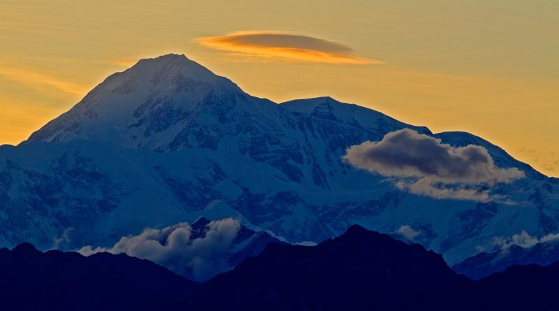 Mont Denali au coucher du soleil