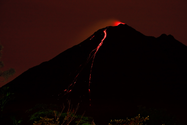 Coulée de lave au volcan Arenal 2