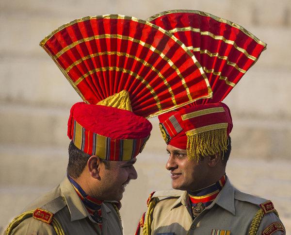 border guards_ wagah_pakistan border