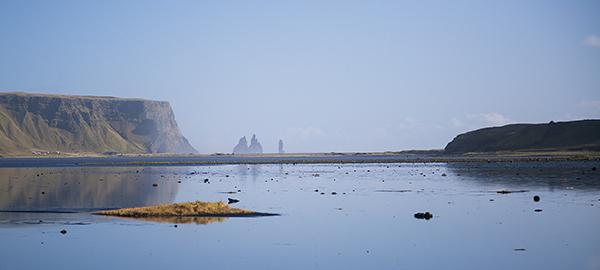 dyrholaey bay