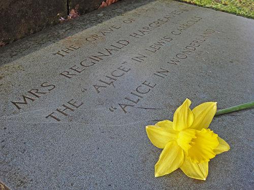 Alice grave