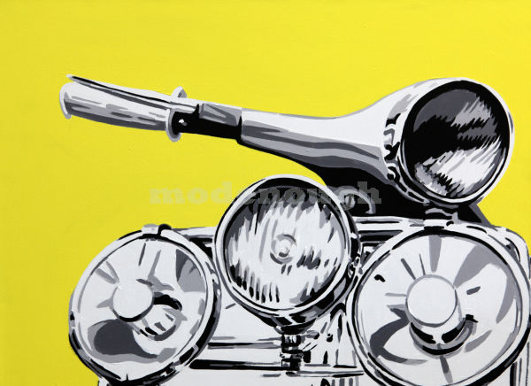 VESPA YELLOW. 24