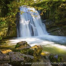 Janet's Foss waterfall. Gordale, Malham,  Yorkshire Dales, UK