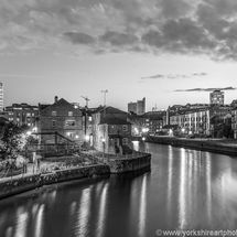 Calls Landing And River Aire, Leeds (mono)