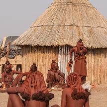 Himba - Women's circle
