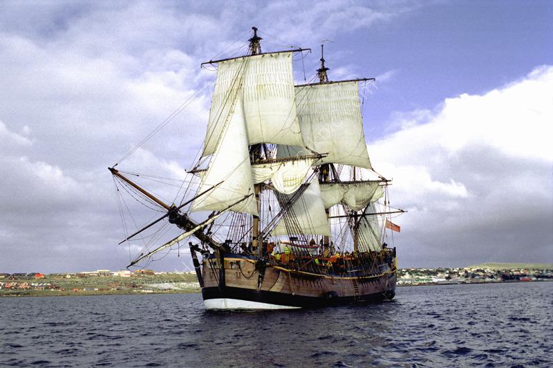 Barque Endeavour, Leaving Stanley Harbour