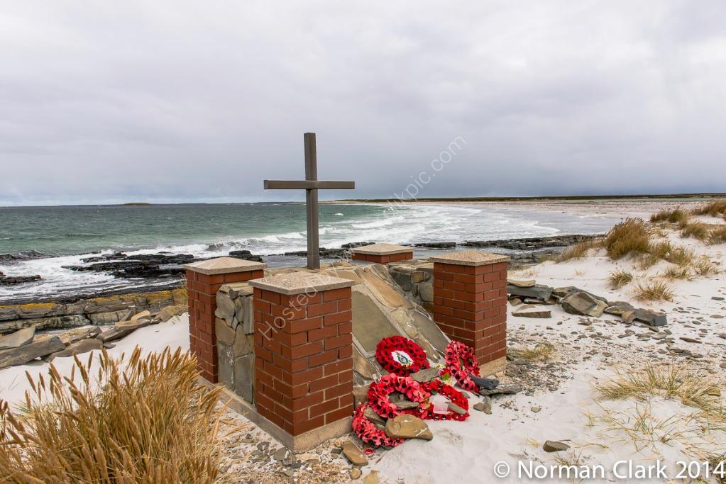 Memorial,Foxtrot4-3521
