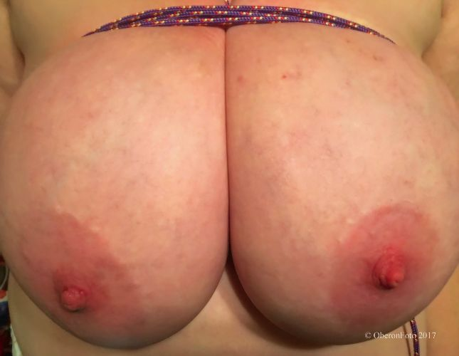 BBW_Willow - Boobs tied