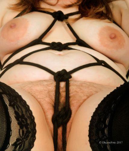 Lucy - Shibari bondage